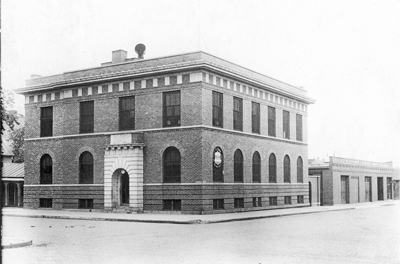 La_Crosse_Telephone_building_ca_1915_for_blog.jpg