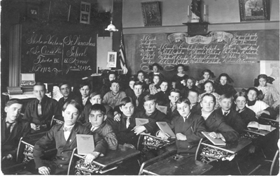 St_Wenceslaus_School_1912.jpg
