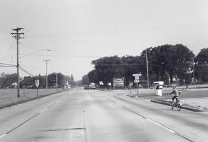 Mormon Coulee Road and Losey Boulevard South looking northwest, 1970