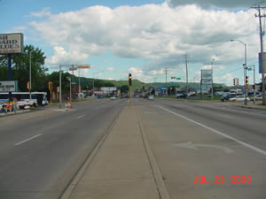Mormon Coulee Road and Losey Boulevard South looking southeast, 2003