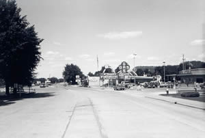 Losey Boulevard South and Ward Avenue looking north, 1970