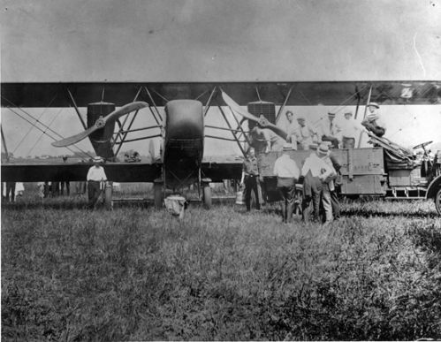 first_trip_of_air_mail_service_salzer_field_1920_aug_10_200dpi.jpg