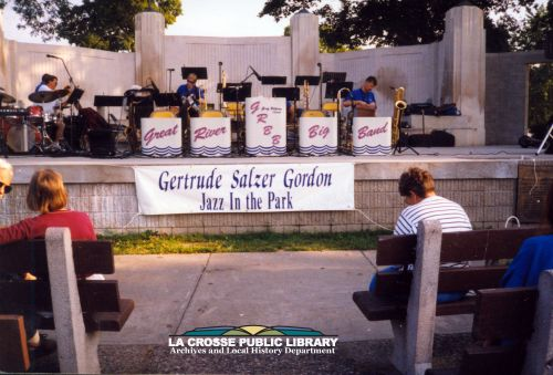 mss072-08-04-Gordon_Gertrude_Salzer_Jazz_in_the_Park_derivative_credit_300dpi.jpg